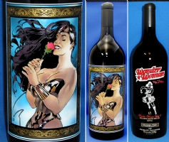 Wonder Woman Day 4 etched wine bottle   Comic Art